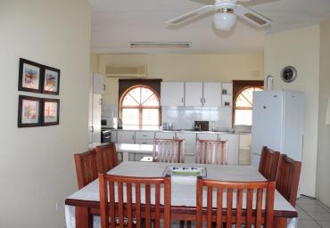 VILLA ISABELLA-DININGROOM & KITCHEN 15a